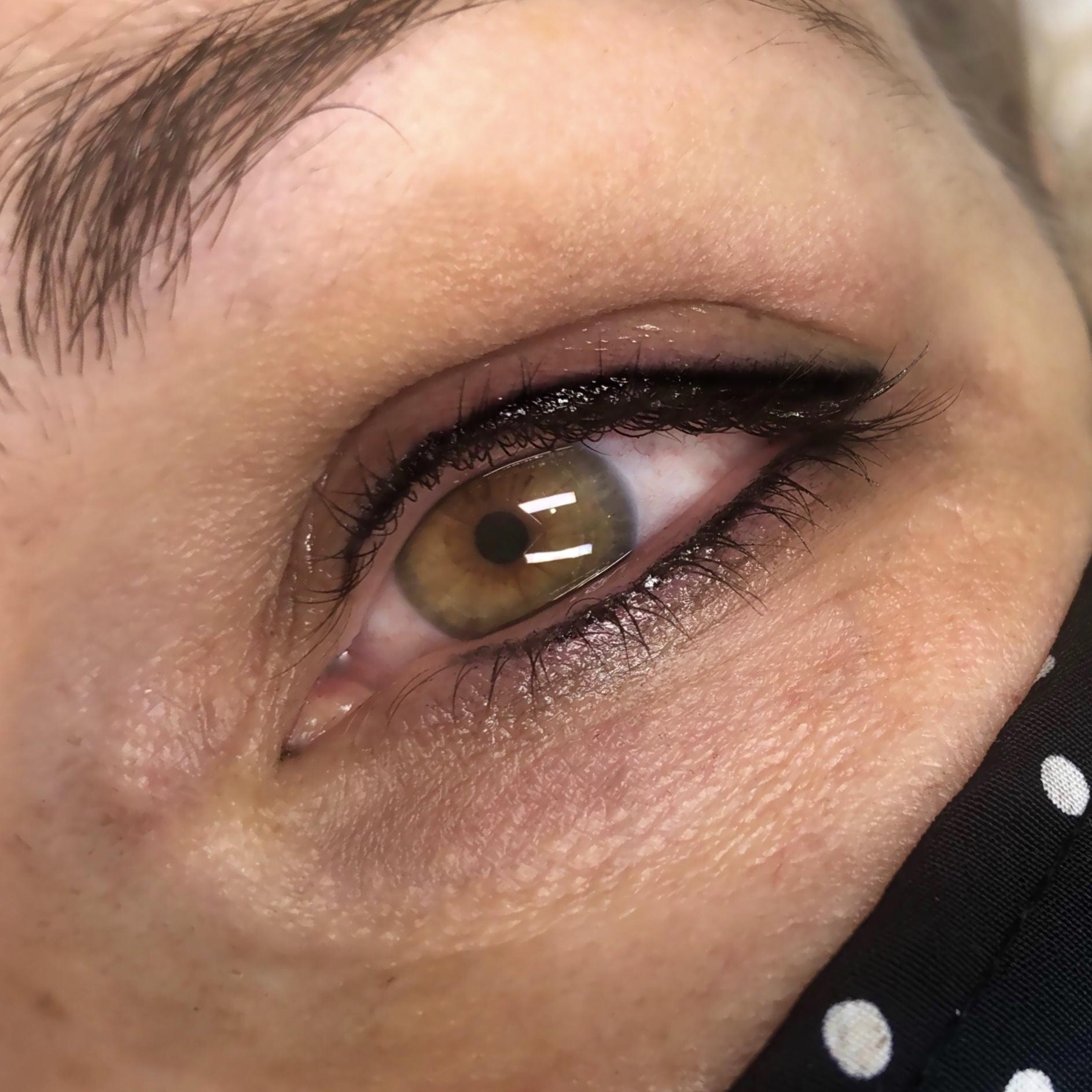 annemarie.s.aesthetics.eyeliner